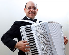 Pablo De Vincenzo Accordion Player