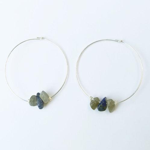 créoles grand modèle en argent et labradorite avec lapis lazuli