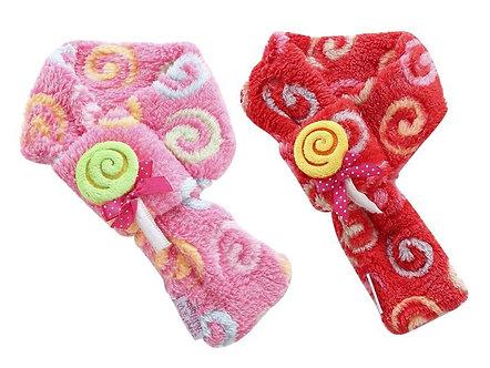 Hunde-Schal aus weichem Plüsch 'Fluffy Candy Scarf'