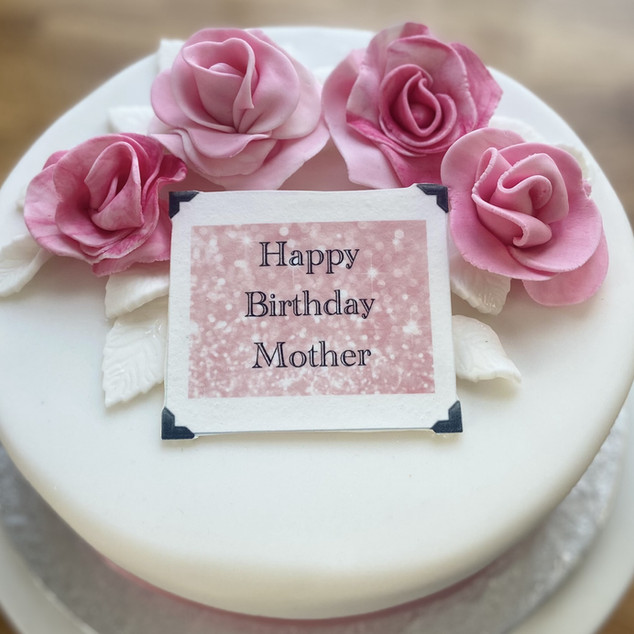 Iced Fruit cake with Roses