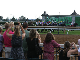 BIRDSNEST PARTY wins opening day at the Keeneland Fall Meet.