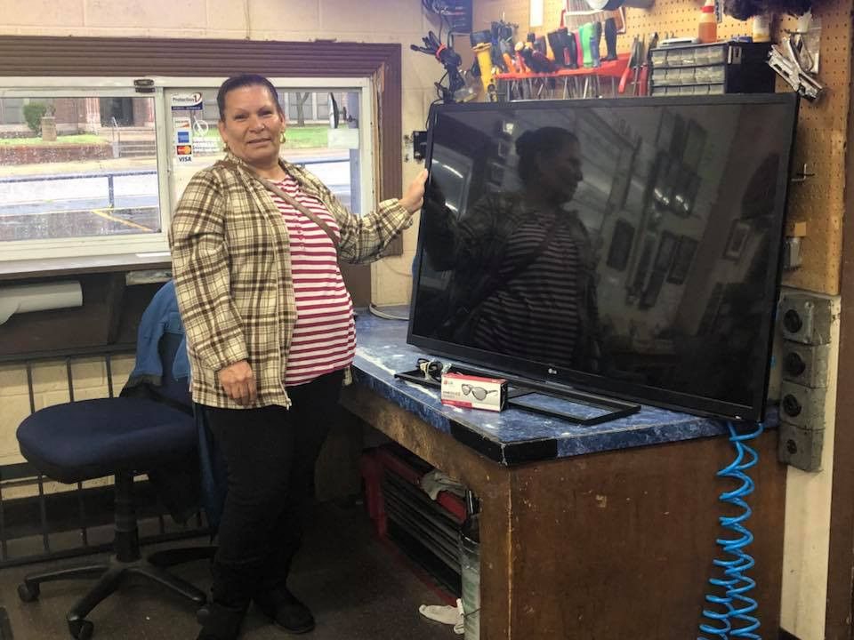 """Congratulations to Our Income Tax Check Cashed Winner Maria Terrones ! She won a 55"""" 3D TV !"""