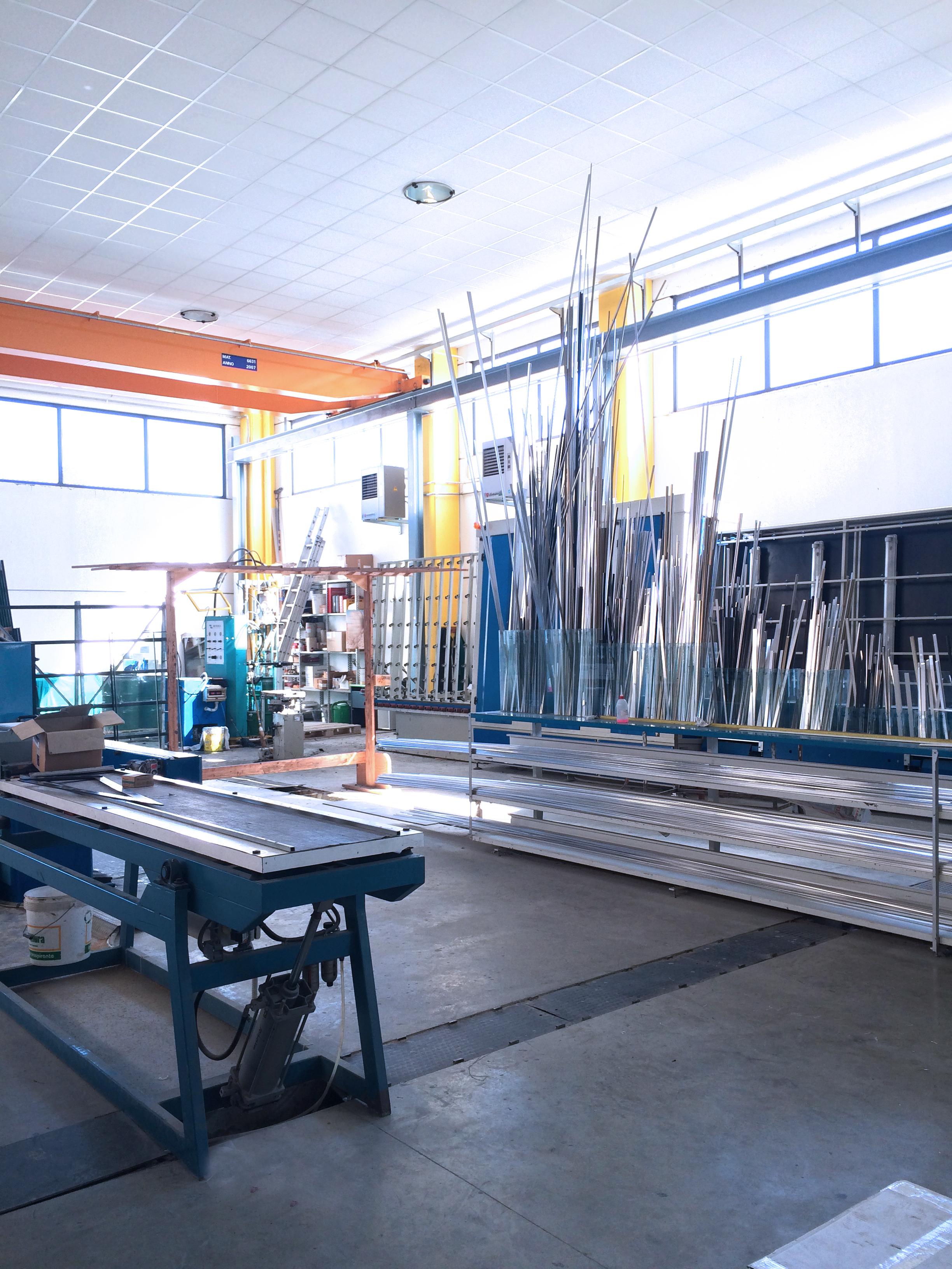 impianto per realizzare vetri isolan