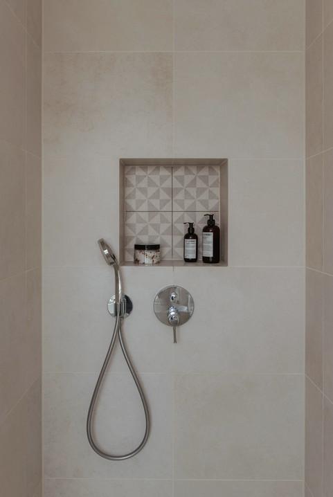 AlbertInteriors_ProjectZ34_Bath_5.jpg