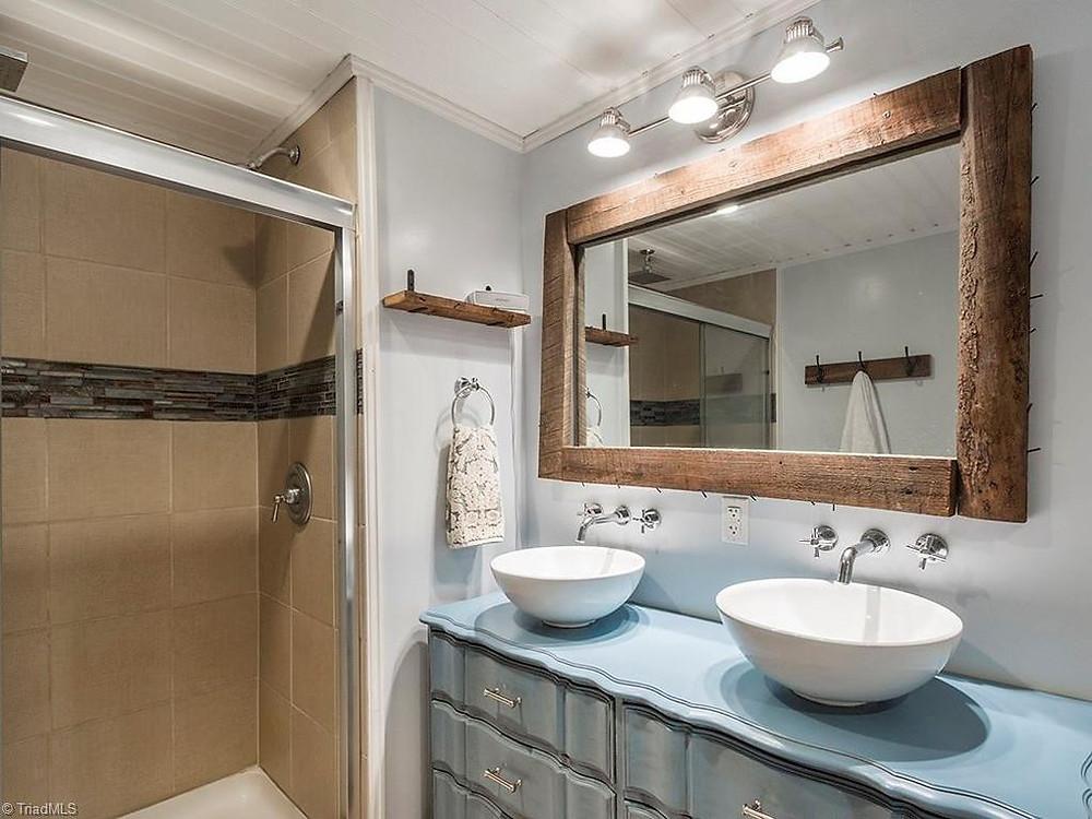 DIY Bathroom renovation on a teacher's budget for less than $2000