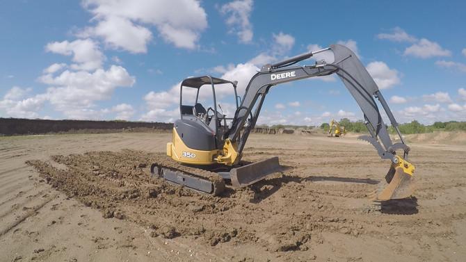 Deere 35D Mini Excavator | Heavy equipment rental