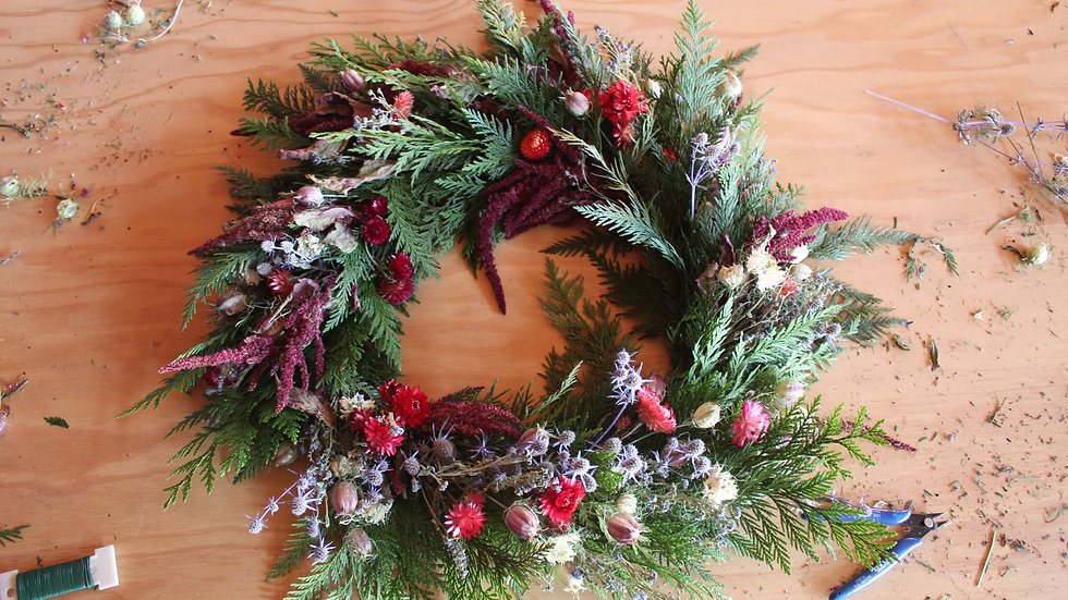 Festive Wreaths ~ A Traveling Workshop!