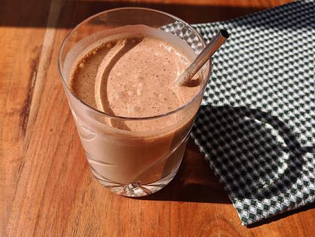 Banana Cacao Smoothie | Batido de Platano & Cacao