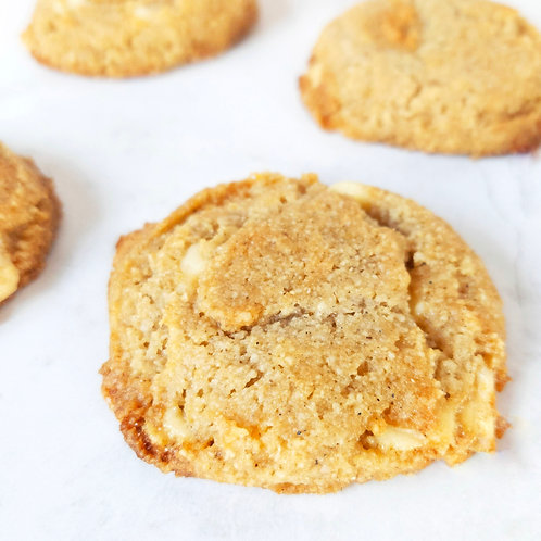 White Chocolate Apricot & Cardamom Cookies (12)