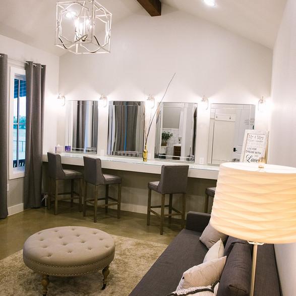 Bridal Suite Counter