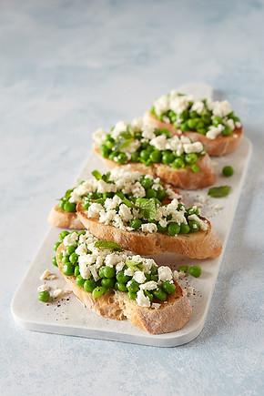 food-stylist-london-pea-and-feta-bruschetta-mint-summer-food-finger-food-gill-nicholas-stylist