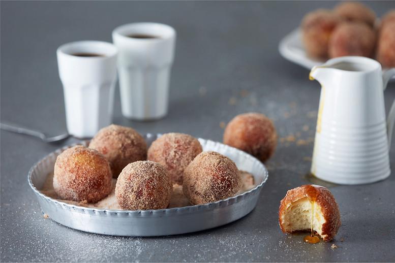 food-stylist-london-prop-stylist-london-mini-donuts-toffee-apple-sauce-bitesize-gill-nicholas-stylist