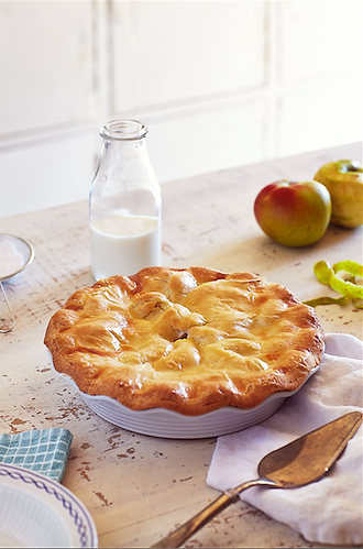 food-stylist-london-prop-stylist-london-apple-pie-autumn-baking-gill-nicholas-stylist