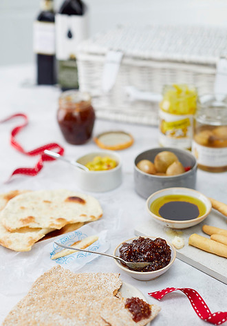 food-stylist-london-prop-stylist-london-whole-foods-christmas-favourites-gill-nicholas-stylist