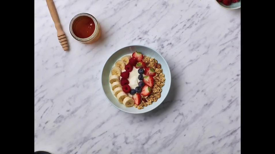 food-stylist-london-stop-motion-hangar-seven-gill-nicholas-healthy-breakfast-yoghurt-fruit