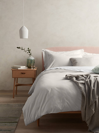 prop-stylist-london-set-design-london - john-lewis-organic-cotton-bedlinen-gill-nicholas-stylist