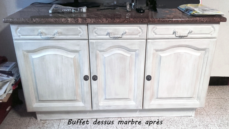 Buffet dessus marbre après