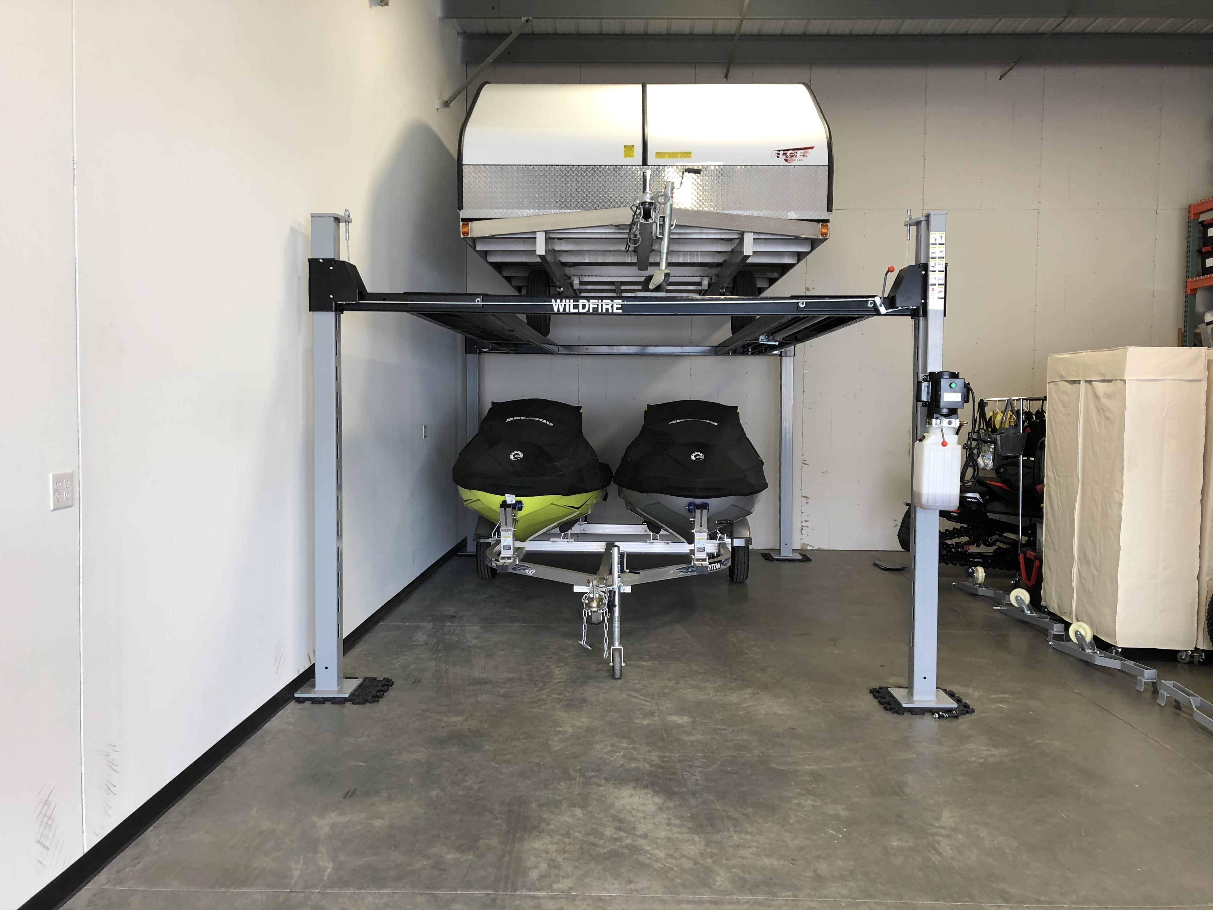 4 Post Trailer Lift, Jet Ski and Snowmob