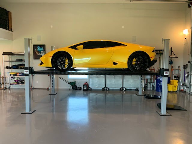 Huracan on 4 Post Car Lift