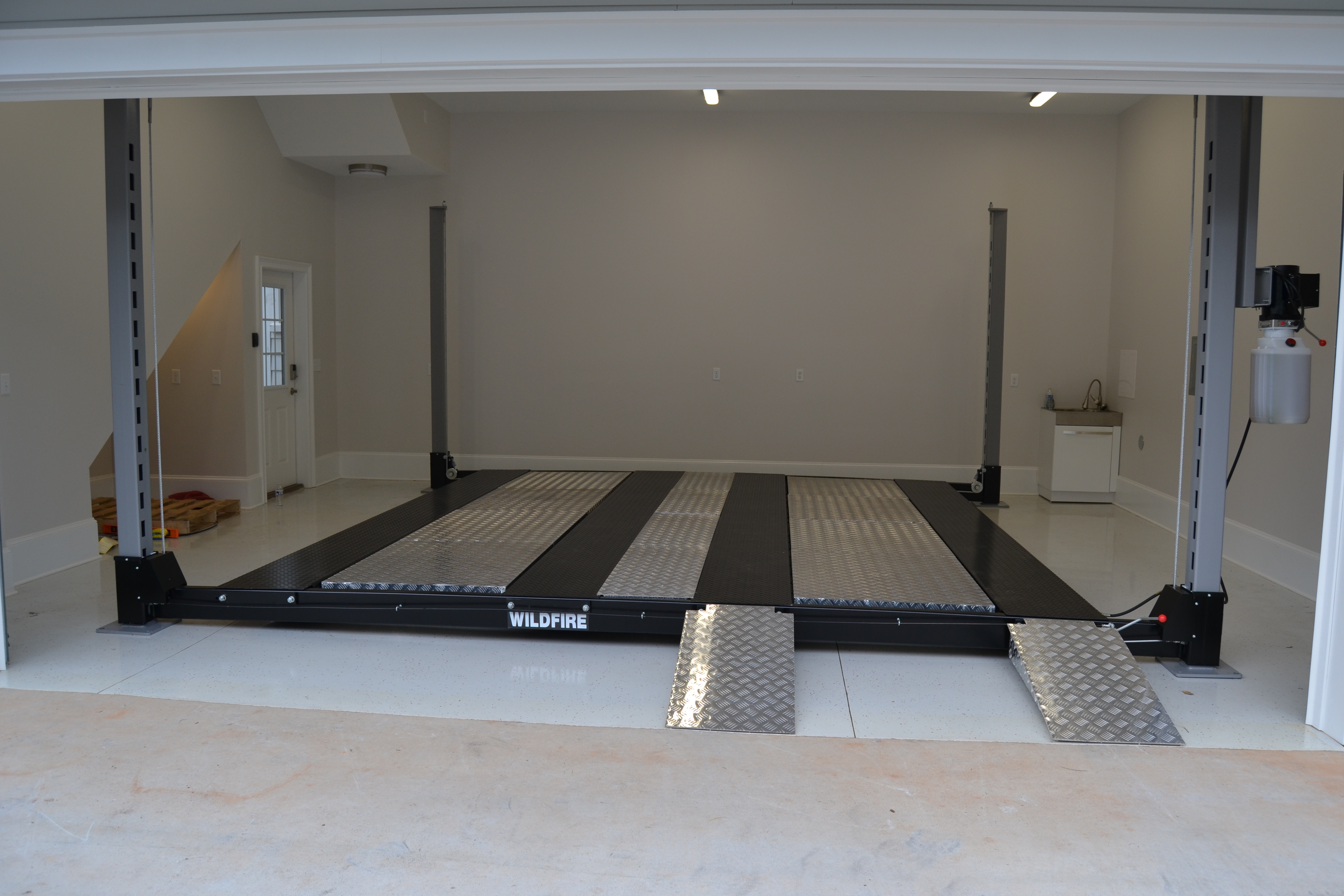 48 Aluminum Approach Ramps (1 Set Included) - Wildfire Lifts Double Wide Car Lift
