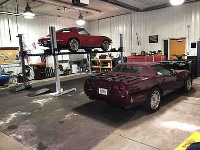 4 Post Car Lift With Corvettes.jpg