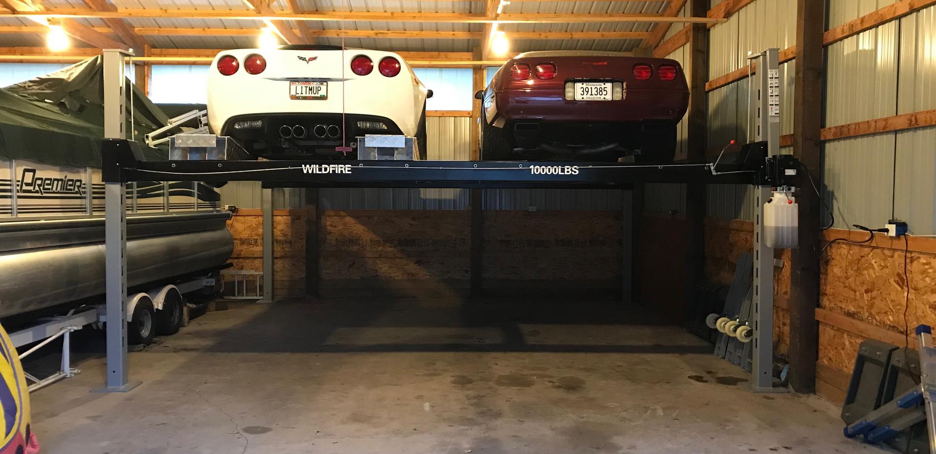 Wilfire Lifts Double Wide Car Lift.JPG
