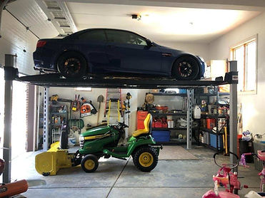 4 Post Car Lift in Chicagoland.JPG