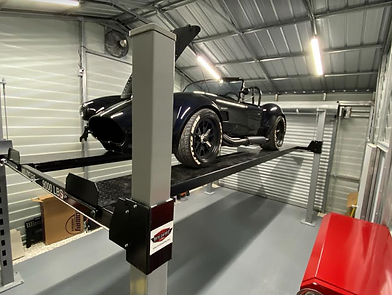 4_Post_Car_Lift_Storing_Backdraft_Cobra.