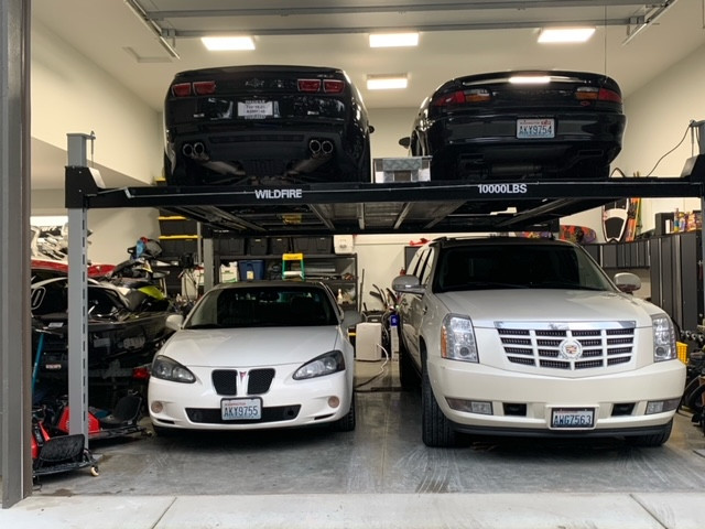 Double Wide Four Post Car Lift.jpeg