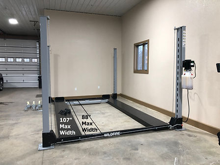 4 Post Trailer Lift with Adjustable Runw