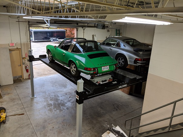 Porsche on Double Wide Car Lift 2.jpg