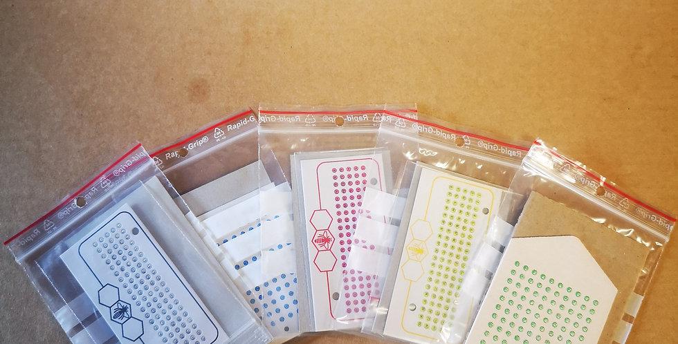 Cartes avec 100 pastilles de couleurs fluos