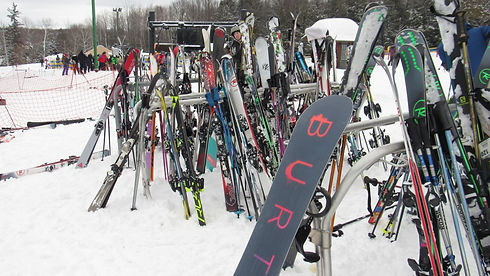 rib-mountain-ski-resort-snow-skis-snow-b