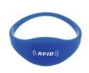 BraceletsRFIDsansfond.png