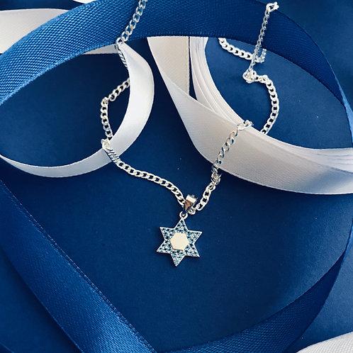 Gwiazda Dawida z niebieskimi cyrkoniami