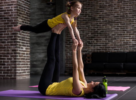 Partnerská jóga pro rodiče a děti - Litomyšl