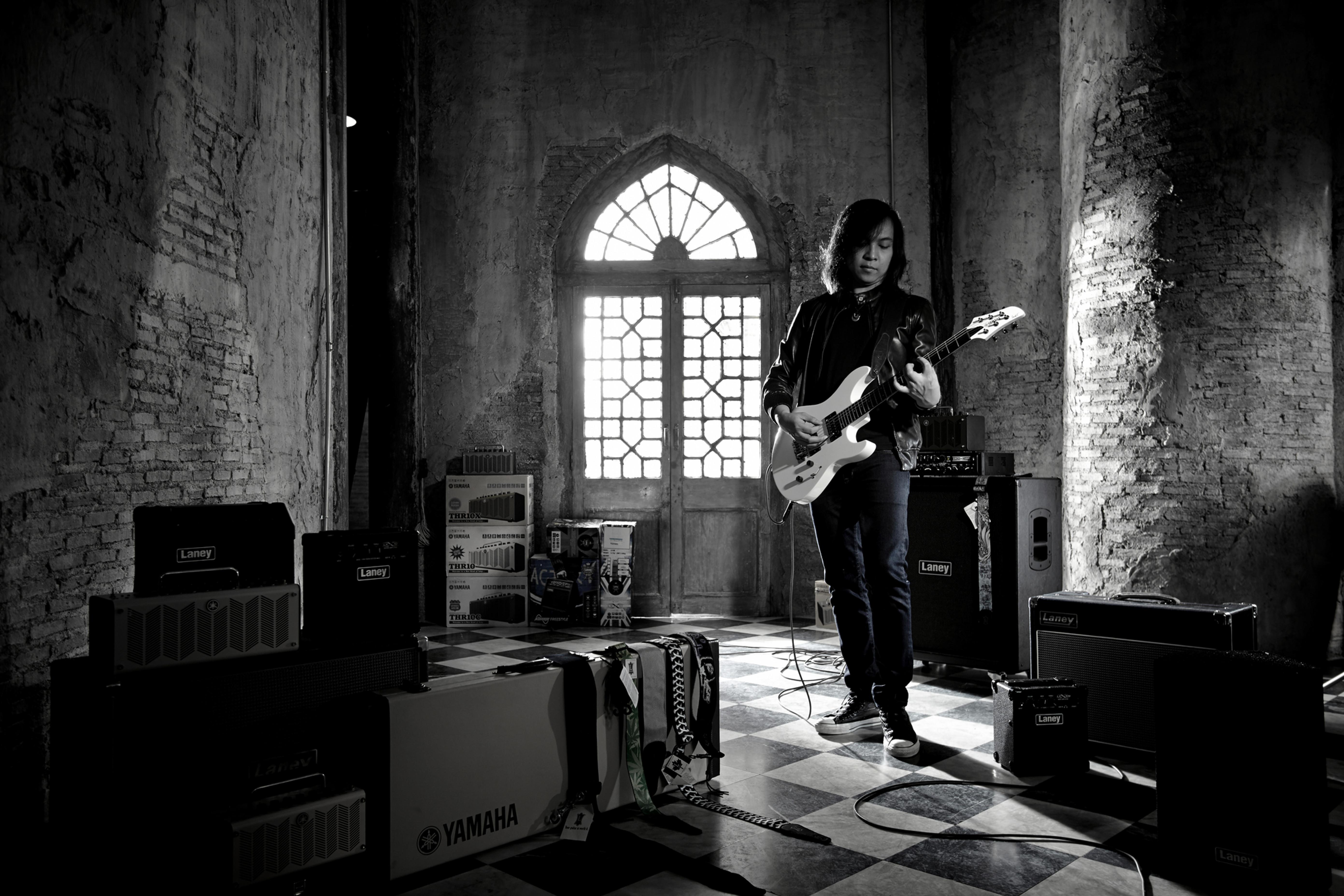 Jack Thammarat Guitarist Composer Instrumentalist