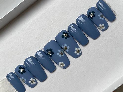 Blue Daisy Floral