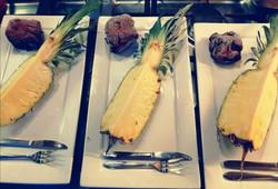 gecarameliseerde ananas op de bbq (10)
