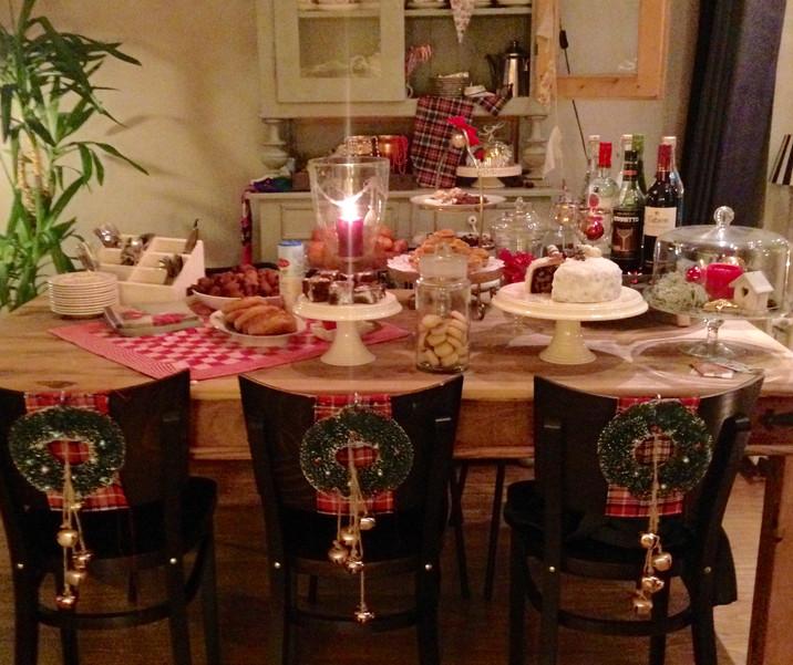 Aan tafel...!!