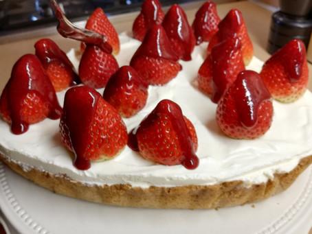 Valentijn aardbei/kwark taart