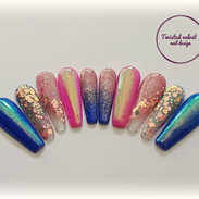 Pink and blue press on nails.jpg