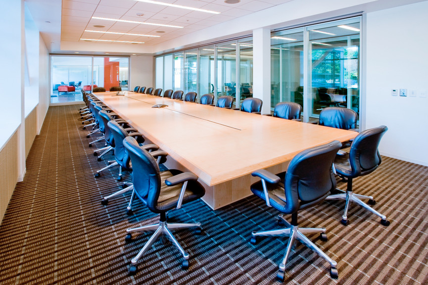 large-conference-roomjpg