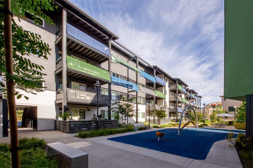 courtyard-8-2jpg