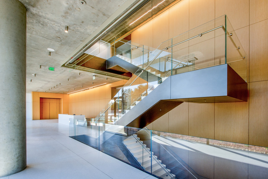 stairs-and-reception-2jpg