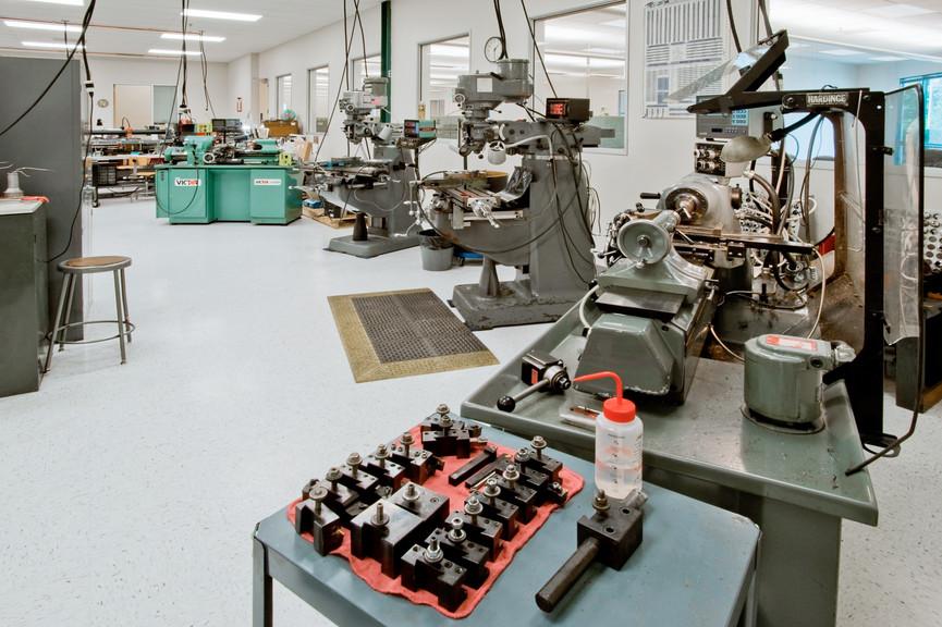 machine-shopjpg