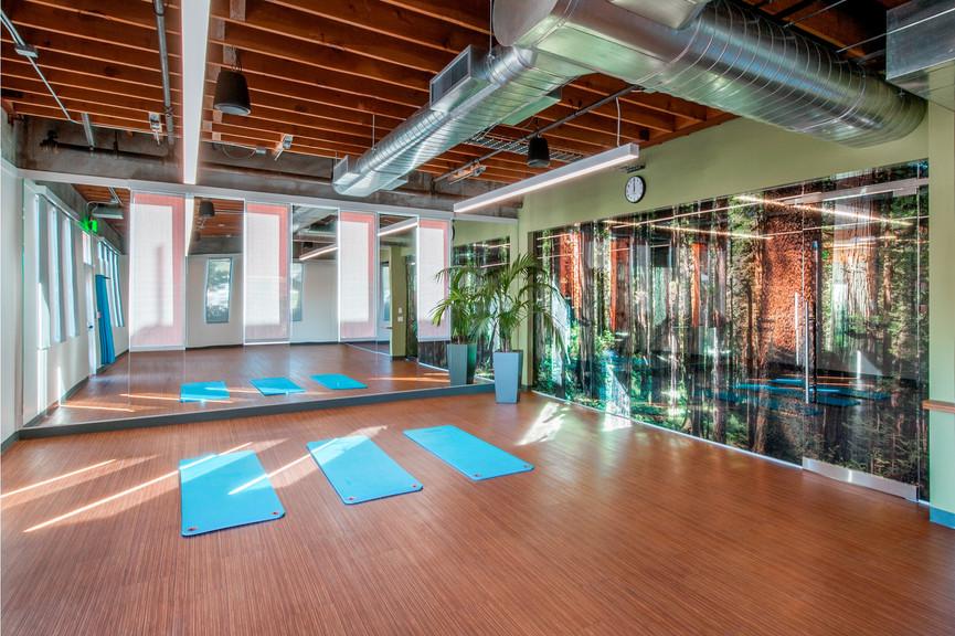 yoga-roomjpg