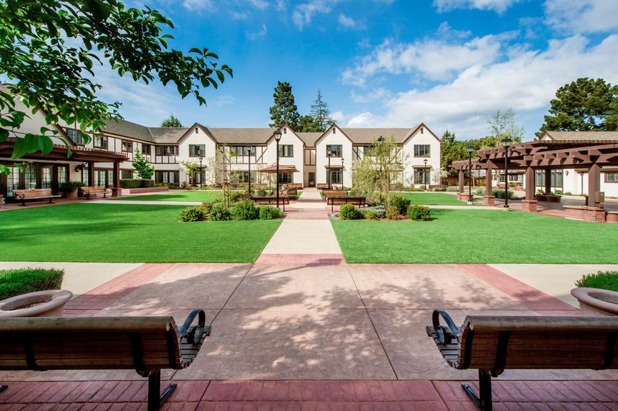 courtyard-day-3jpg
