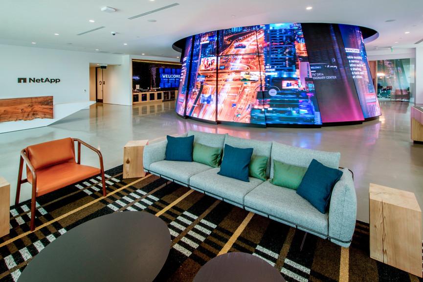 lobby-11jpg