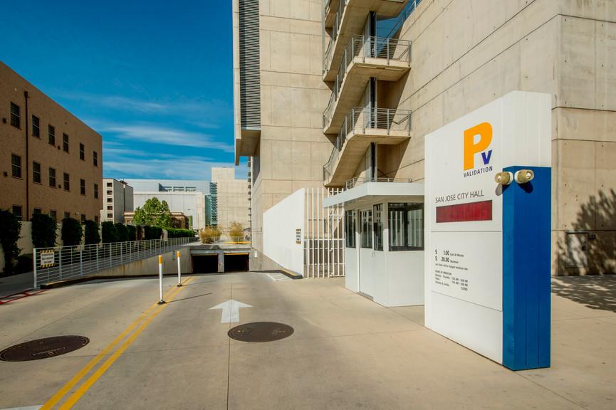 civic-center-parking-2jpg